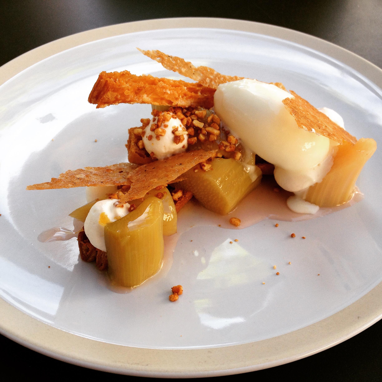 Rhubarbe pochée, Le Kitchen Café